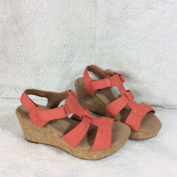 8ed6d222bbf Clarks Annadel Orchid  Coral Wedge Sandal Sz 9